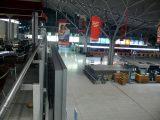 0:59 Uhr, Flughafen Stuttgart