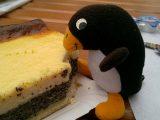 ... lässt sich Opas Kuchen schmecken.